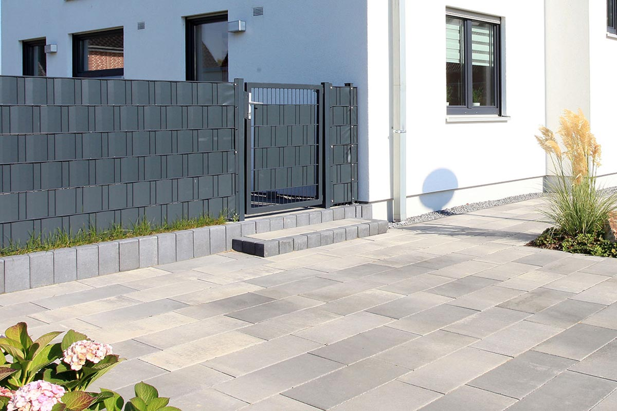 Rechteck-Palisade<br><br>Farbe: anthrazit (033)