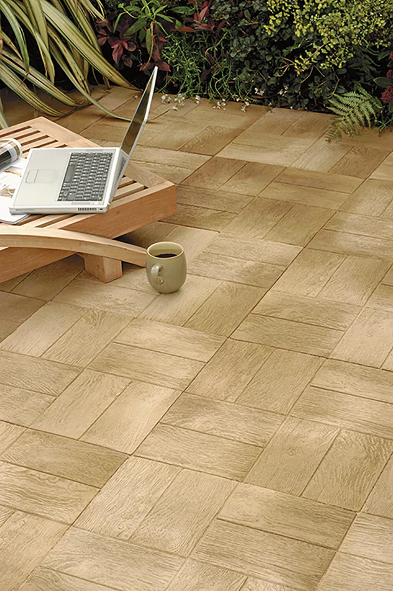 Woodstone<br><br>Farbe: light oak (W05)